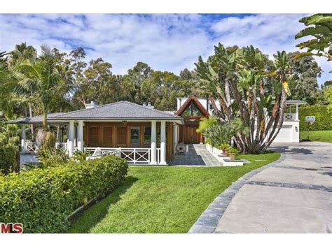 kid rock lists zen balinese retreat in malibu for 13 45
