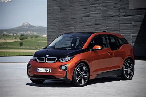 electric cars bmw bmw i3 the electric car of bmw review fact sheet