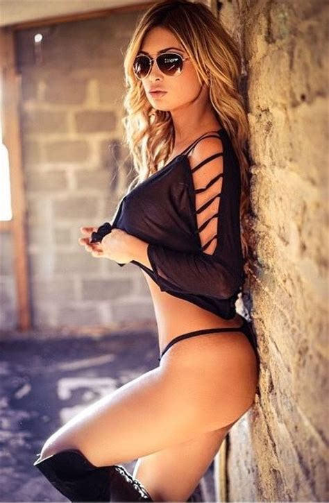 revista sexy 2017 against the wall beautiful hot or sexy pinterest