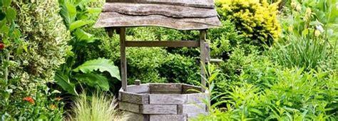 pozzo giardino pozzo per il giardino come si costruisce edilnet