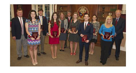 Ul Lafayette Mba by Eight Grads Honored As Quot Outstanding Quot Of