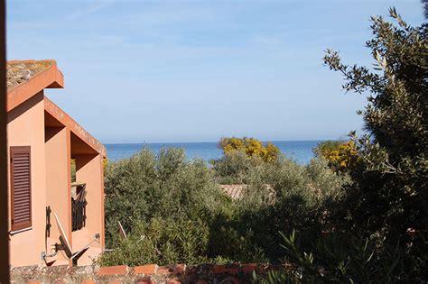 appartamenti sul mare costa rei affitto vacanza appartamento sul mare costa rei sardegna