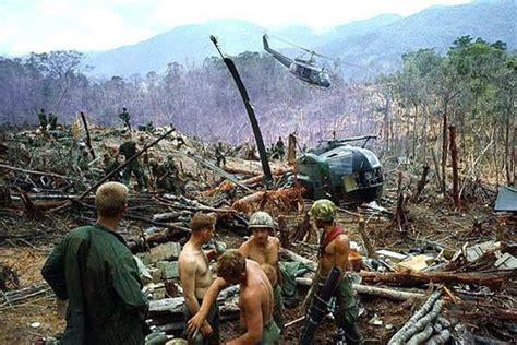imagenes reales guerra vietnam im 225 genes crudas de la guerra de vietnam dogguie