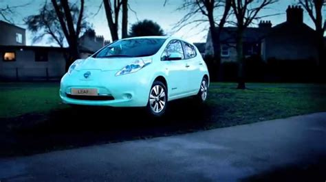 glow in the paint on cars world s glow in the 100 electric car nissan