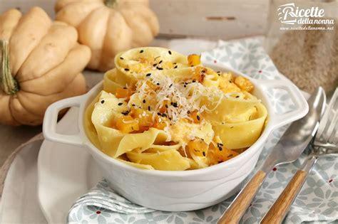 ricetta fiori di zucca in pastella al forno pappardelle al forno con zucca sesamo e ricotta salata