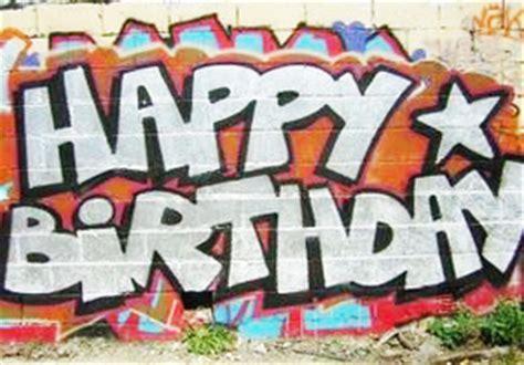 graffitis de felicitaciones de cumpleanos arte  graffiti