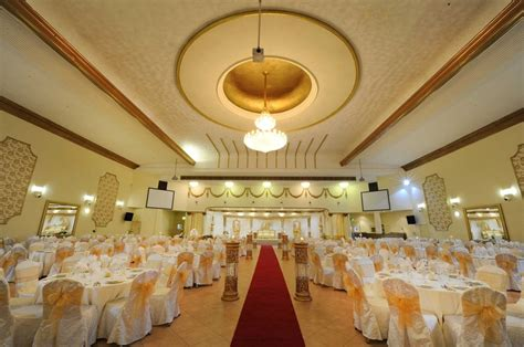 Nawaab Wedding Brochure by Royal Nawaab Manchester Wedding Venue Hitched Co Uk