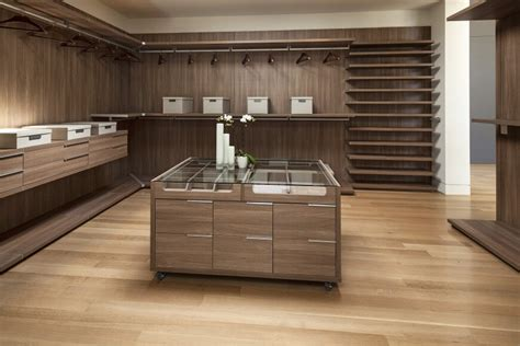 Walk In Closet Floor Plans by 29 Luxury Walk In Closet Designs Pictures
