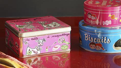 decorar cajas de carton con hilo cajas para guardar todo lo que quieras westwing