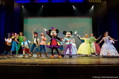 92 3 the fan live disney live disney wiki fandom powered by wikia