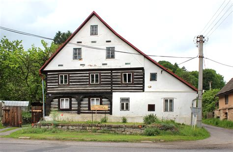 file medonosy half timbered house jpg wikimedia commons