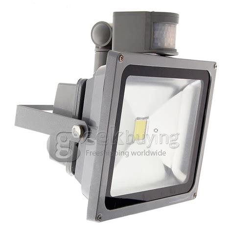 24 in led light temperature adjustable motion sensing bar light p65 10w 900lm ir infrared motion sensor led flood light