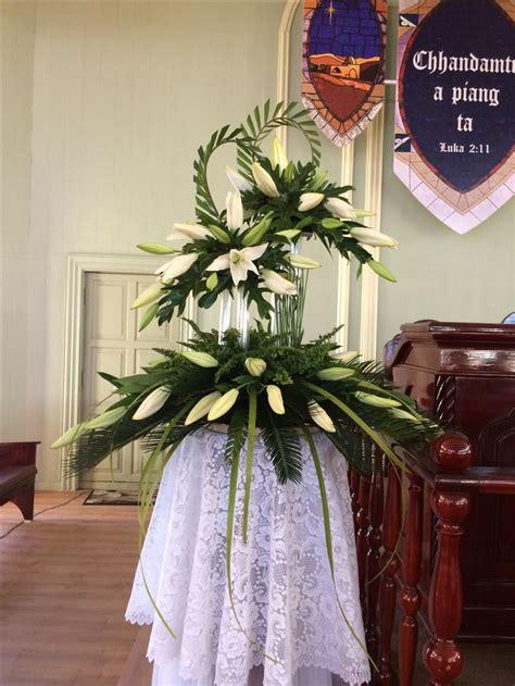 Church Wedding Flower Arrangements by Best 25 Church Flower Arrangements Ideas On