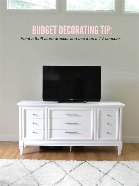Tv On Top Of Dresser by 20 Money Saving Decorating Tips You Should The