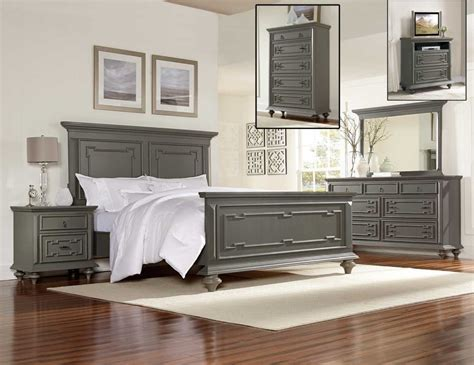 Gray Bedroom White Furniture by Wash Grey Bedroom Furniture Set Womenmisbehavin