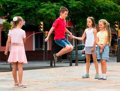 imagenes de niños jugando reales beneficios del ejercicio f 237 sico para los ni 241 os ejercicio
