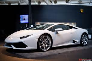 Lamborghini Huracan Pictures Gallery Exclusive Preview Of Lamborghini Huracan In The