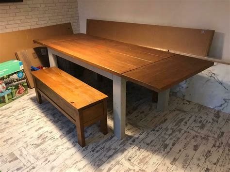 extendable dining room table    large  benchs
