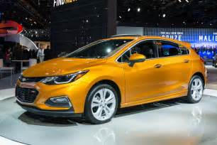 Chevrolet Cruize 2017 Chevrolet Cruze Hatchback Revealed Gm Authority