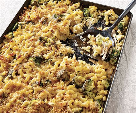 Macaroni Pan sheet pan macaroni and cheese with roasted chicken and