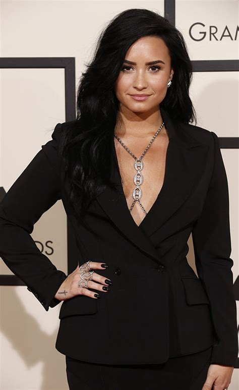 demi lovato grammy awards 2018 grammys 2016 red carpet stars style and more page 5