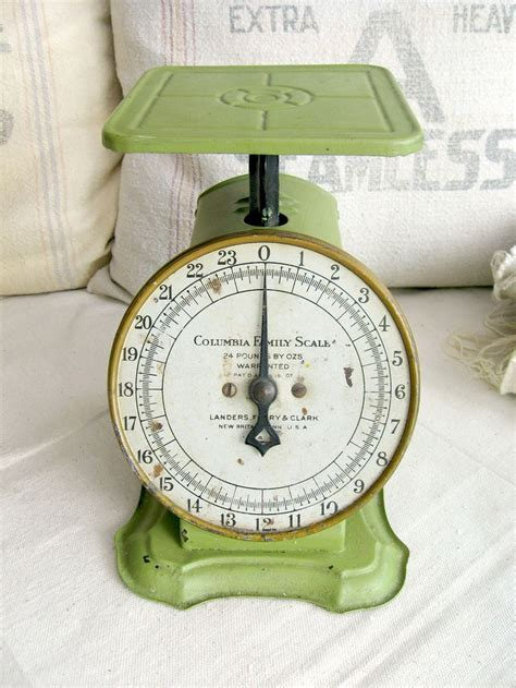 vintage kitchen scale green way rite scale 25 lbs