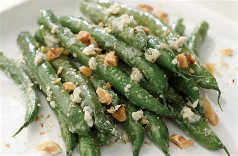 Nature Stek Malaysia green beans with blue cheese and walnuts side dishes for