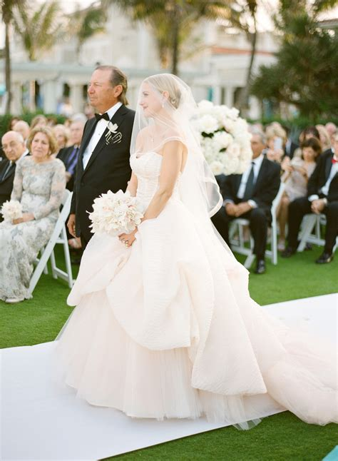 Wedding Songs For Parents by Beautiful Songs For Parents Entrance At Wedding Photos