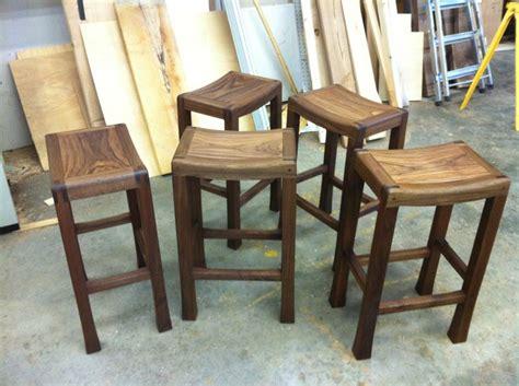 saddle seat stool plans diy saddle stools seat plans continue reading no