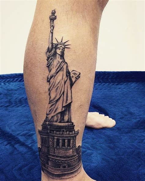 lady liberty tattoo statue of liberty leg venice designs