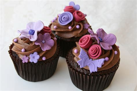 Decorating Ideas Cupcakes Hydrangea And Flower Cupcakes