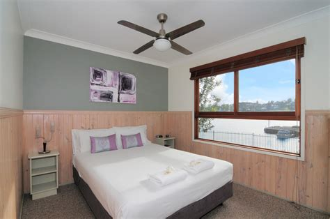Mains Operated Bedroom Lights Accommodation Kiama Cabins Harbour Water View Cabins