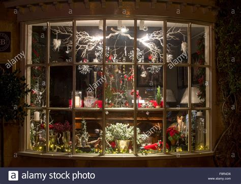 christmas shop display window broadway cotswolds