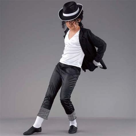 Michael Jackson Costumes Up For Auction by 25 Best Ideas About Michael Jackson On