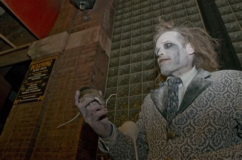 13 stories of hell haunted house here are 14 haunted attractions you must experience this fall