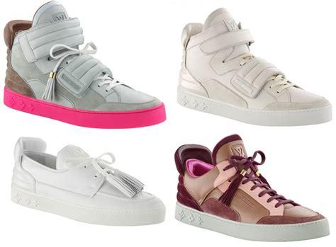 Wes Louisviton louis vuitton sneakers kanye west fashiontour it