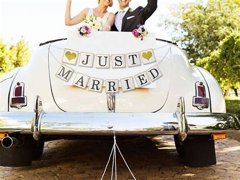 13 Perfect Wedding Car Decorations For That ?Just Married