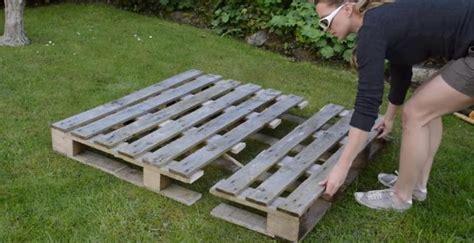 Comment Transformer Une Palette De Bois En Jardini 232 Re En Construire Une Jardiniere