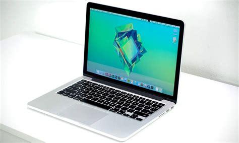 wallpaper from macbook 2015 battery explosion utterly destroys 2015 macbook pro