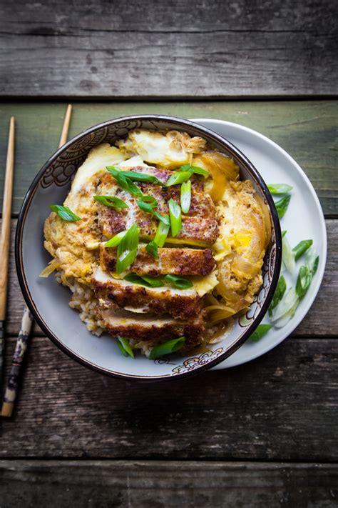 katsudon japanese pork cutlet rice bowl