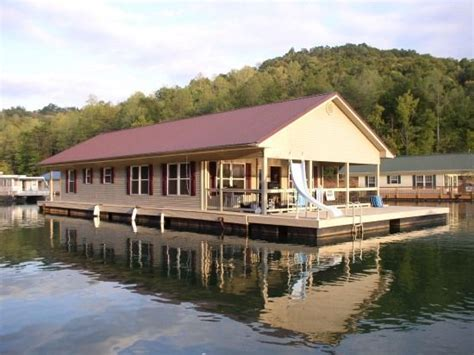Floating Cabins In Tennessee by Floating Home At Norris Lake Tennessee Far Out Homes