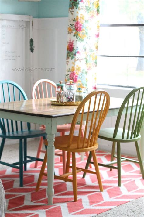 different color dining room chairs 25 best ideas about chalk paint chairs on chalk paint fabric painting fabric