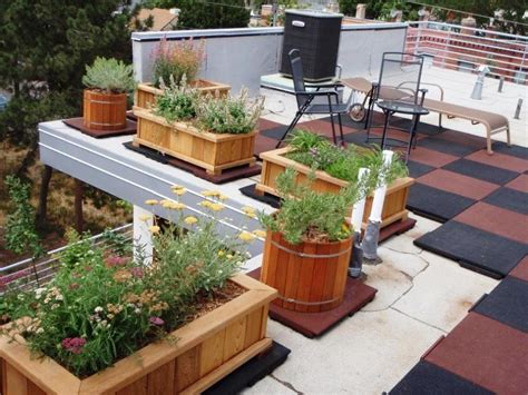 Balcony Planter Ideas by Large Deck Planters Iimajackrussell Garages Best Deck