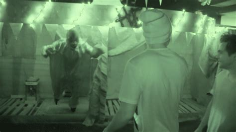 austin haunted house watch austin mahone full on freak out at a haunted house mtv