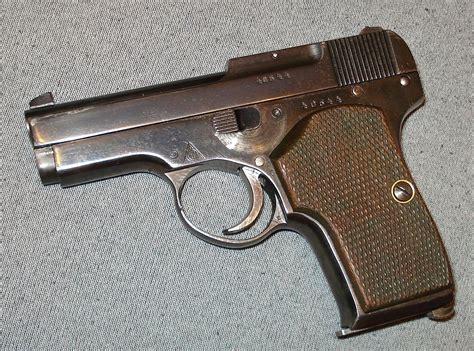 25er Auto by Korovin Pistol Wikidata