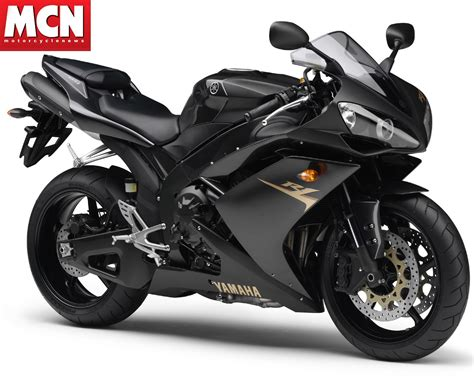 Yamaha Motorrad Schwarz by Document Moved