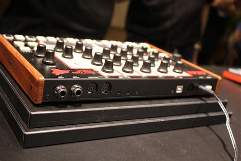 rhythm wolf drum machine akai unveils rhythm wolf analog drum machine and bass