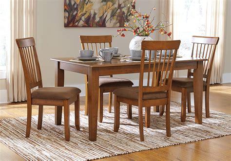 Berringer Dining Table Berringer Dinette Table And 4 Chairs Evansville Overstock Warehouse