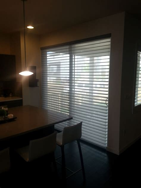 Horizontal Blinds For Sliding Glass Doors by 25 Best Ideas About Sliding Door Blinds On