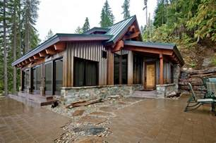 Ike Sofas Concrete Floored Abode A Cabin On Lake Wenatchee